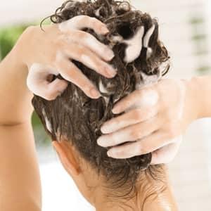 Bien choisir son shampoing bio