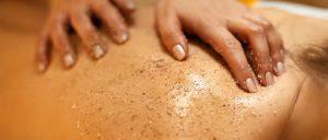 Gommage : l'étape incontournable d'un rituel beauté